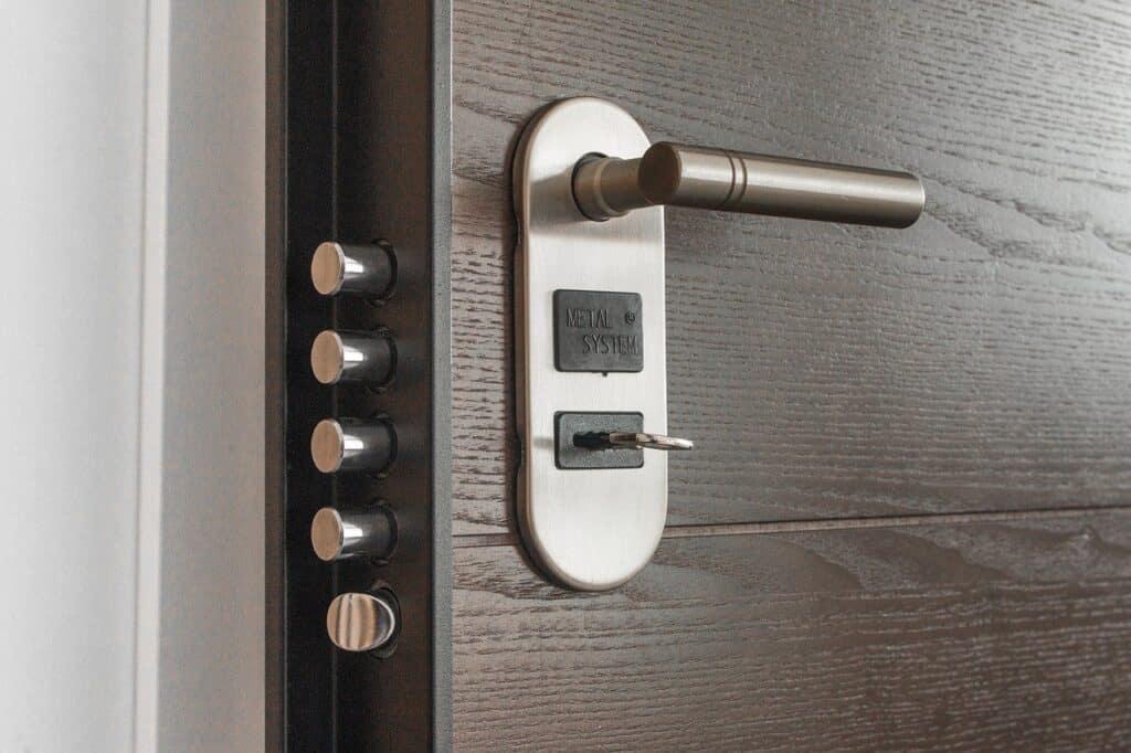 Costo sostituzione serratura porta blindata